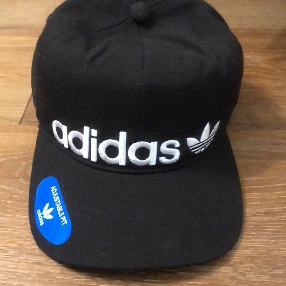 0f7c1b4978252 adidas Originals Relaxed banner Strapback hat